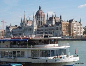 Danube-Budapest-Hungary (4)