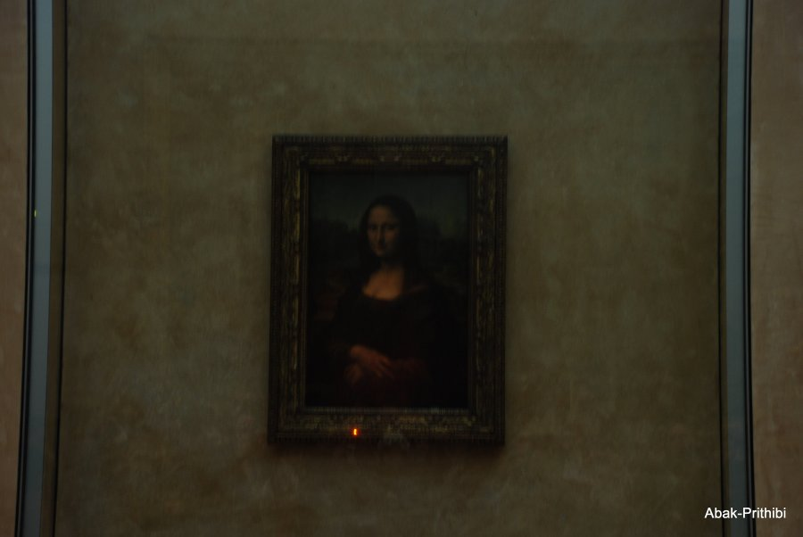 Mona Lisa- Louvre, France  (7)