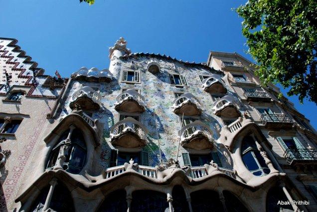 Casa Batlló or Casa dels ossos, Spain (1)