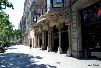 Casa Batlló or Casa dels ossos, Spain (2)