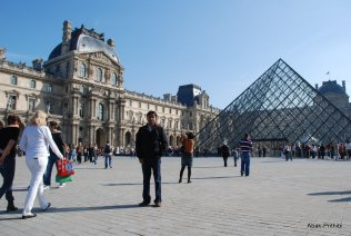 Louvre Museum, Paris (13)