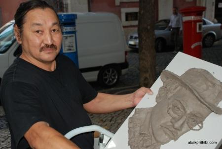 Artist at work, Carmo Square, Lisbon, Portugal (10)