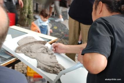 Artist at work, Carmo Square, Lisbon, Portugal (8)