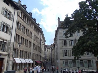 Geneva's Old Town, Switzerland (18)