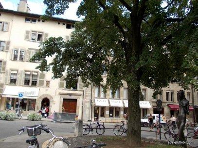 Geneva's Old Town, Switzerland (21)