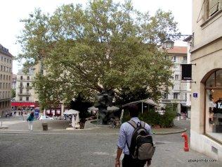 Geneva's Old Town, Switzerland (28)