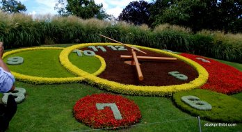 L'horloge fleurie or Flower Clock, Geneva, Switzerland (1)