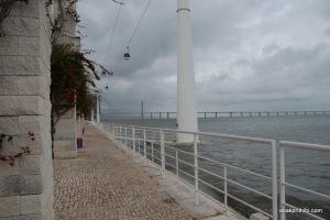 Promenade, cable cars (4)