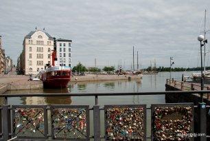 Bridge of Love, Helsinki, Finland (2)