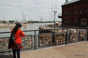 Bridge of Love, Helsinki, Finland (3)