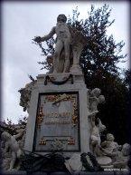 Burggarten, Vienna, Mozart Statue (1)
