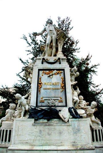 Burggarten, Vienna, Mozart Statue (3)