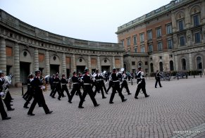 Changing of the Guard, The Royal Palace, Stockholm (4)