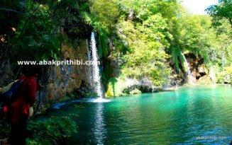 The Plitvice Lakes National Park, Croatia (2)