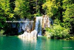 The Plitvice Lakes National Park, Croatia (3)