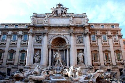 Trevi Fountain, Rome, Italy (6)