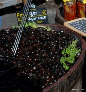 Olive in Toulouse Market (1)