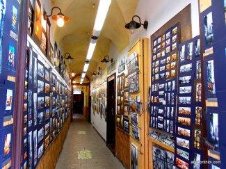 Road side gallery, Europe (1)