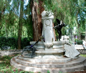 Monument dedicated to Bécquer, Maria Luisa Park, Seville, Spain (7)