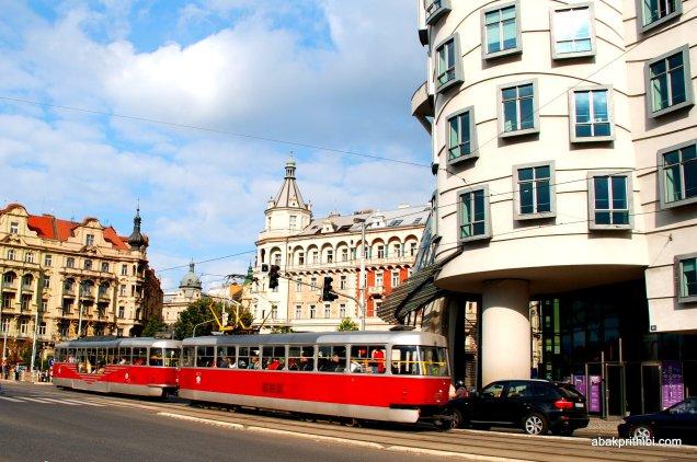 The Dancing House, Prague, Czech Republic (4)
