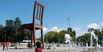 Broken Chair, Geneva, Switzerland (4)