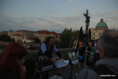 Glass music of Charles Bridge, Prague (2)