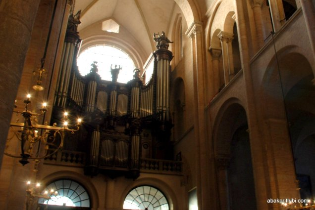 The pipe organ, Toulouse, France, Europe (2)