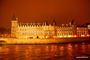 By the lovely river Seine, Paris, France (5)