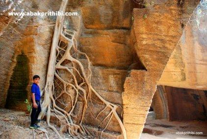 Naida Caves, Diu, India (11)