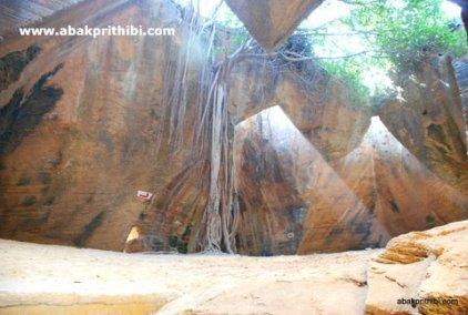 Naida Caves, Diu, India (6)