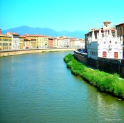 The Arno in Pisa, Italy (4)