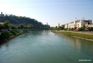 The Salzach River, Salzburg, Austria (2)