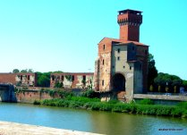 View of Guelph Tower along The River Arno, Pisa, Italy (2)