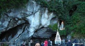 Notre Dame du Rosaire de Lourdes, Lourdes, France (6)