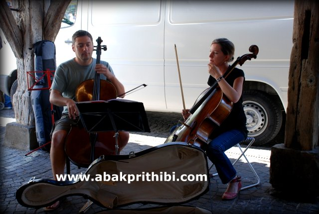 Street performance, France (2)