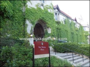The University of Chicago (4)