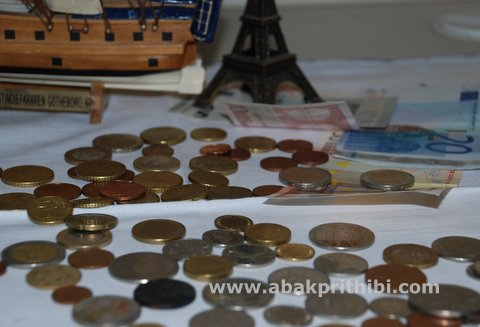 Currency (2)