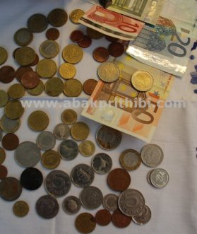 Currency (3)