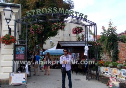 Strossmartre, Zagreb, Croatia (4)