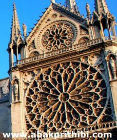 gothic-rose-window-europe-1
