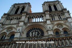 gothic-rose-window-europe-3