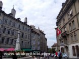 place-du-bourg-de-four-geneva-switzerland-8