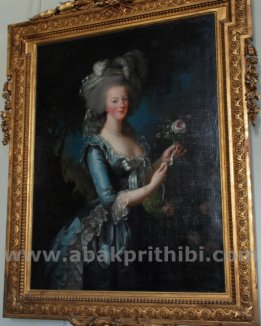 marie-antoinette-with-the-rose