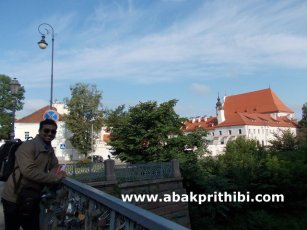 way-to-the-ripublic-of-uzupis-lithuania-2