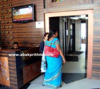 revolving-tower-restaurant-ahmedabad-india-2