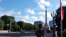 the-freedom-monument-riga-latvia-7