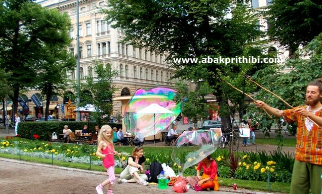 Rainbow in Bubbles, Helsinki (1)