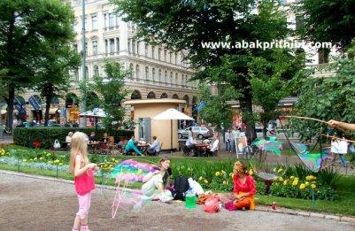 Rainbow in Bubbles, Helsinki (2)