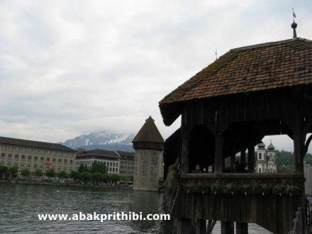 Kapellbrücke, Lucerne, Switzerland (2)