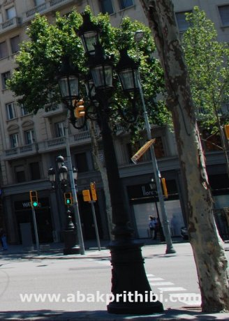 Street lights of Barcelona, Spain (5)